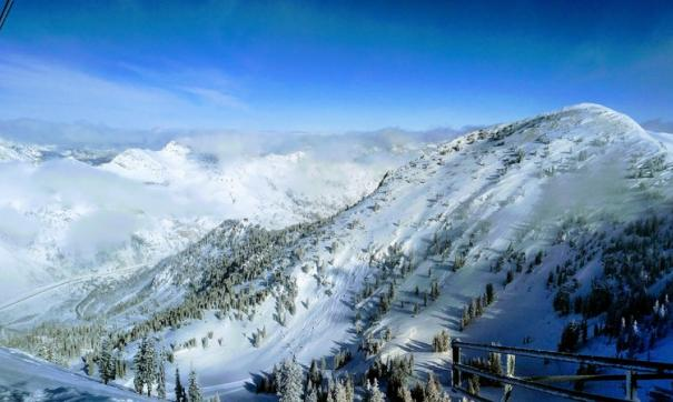 Тюменская туристка оказалась в эпицентре снежной лавины в Казахстане