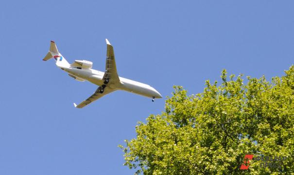 Пассажиров «Суперджета» высадили из самолета перед взлетом из-за запаха гари
