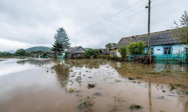 Хабаровчане отказываются покидать затопленные дома