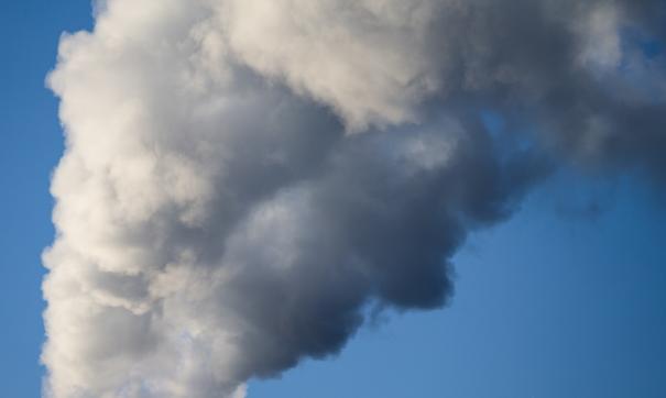 Жителей Владивостока напугал дым из управления ТОФ