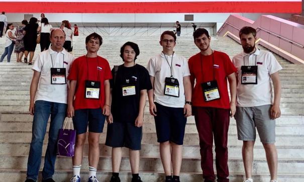 Российская сборная школьников завоевала четыре золотые медали