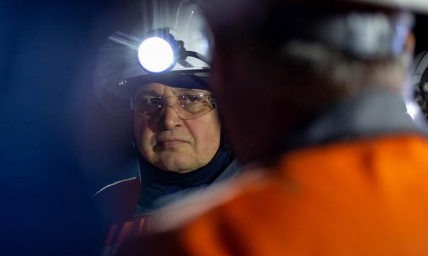По словам губернатора Сергея Цивилева шахтерам предложат вакансии на других предприятиях угольной отрасли