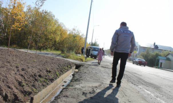 Активисты ОНФ на Ямале провели рейд по объектам городского благоустройства в Салехарде