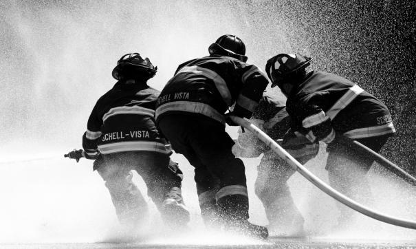 Пожар в 16-этажном здании.