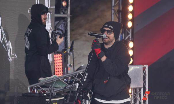 Noize MC в стихах высмеял «бездарность» Шнурова