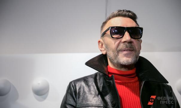 На Шнурова написали заявление в полицию за мат на концерте