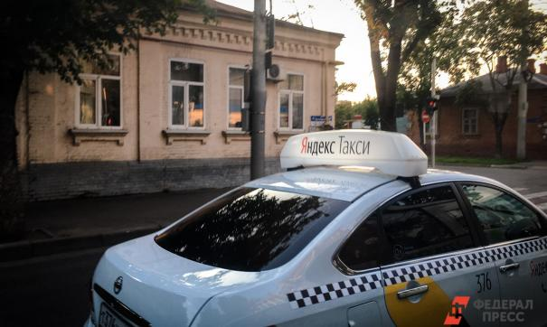 В Приморье исчезнут иностранные таксисты и водители автобусов