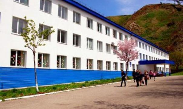 Пламя вспыхнуло в школе №2 Невельска