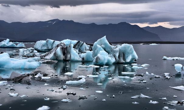 Тает ледник