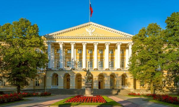 Любовь Совершаева заменит губернатора Санкт-Петербурга на время отпуска