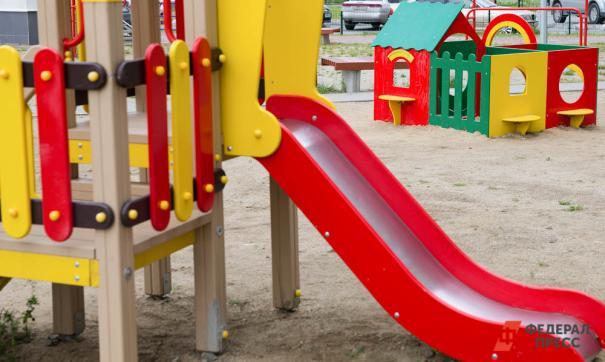 После возведения детских площадок за счет грантовой поддержки, их содержанием никто не занимается