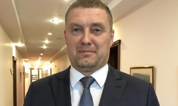 Максим Авдеев четыре года работал министром по регулированию контрактной системы в сфере закупок Приангарья