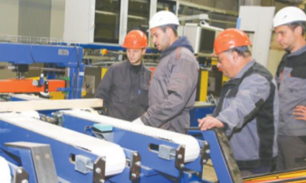 Монтаж установки на заводе