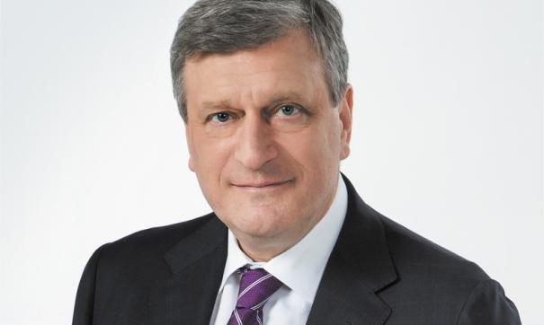 В социально-экономической сфере Васильев отметил улучшение инвестиционного климата и наведение порядка в налоговой сфере