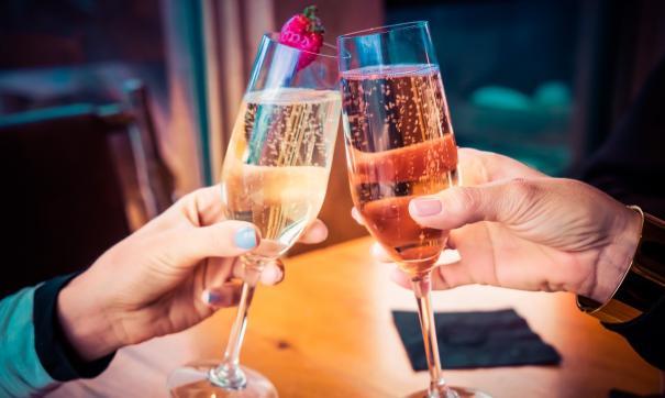Эксперты обещают сильное снижение цен на шампанское