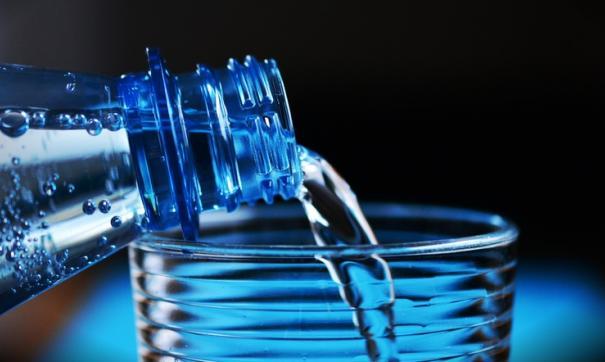Россиян предупредили о росте цен бутилированную воду