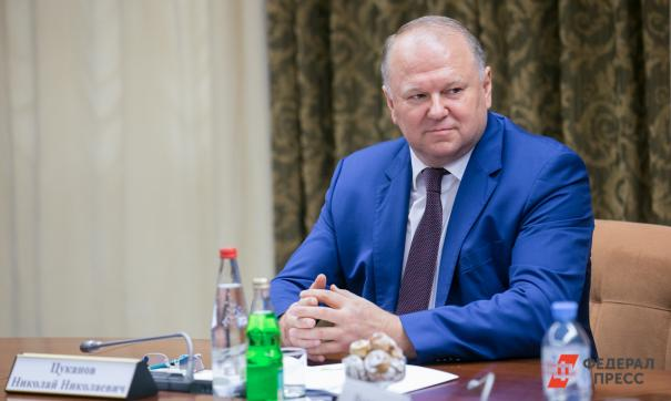 Николай Цуканов поручил проработать тему развития телемедицины в УрФО