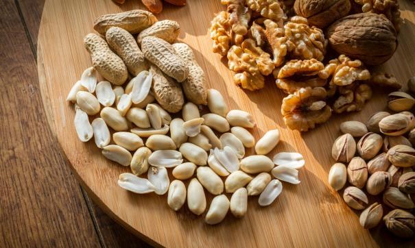 Роспотребнадзор перечислил самые полезные орехи