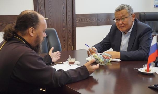 Пользователи социальных сетей дружно решили, что чиновник вернется в полномочное представительство бурятского правительства