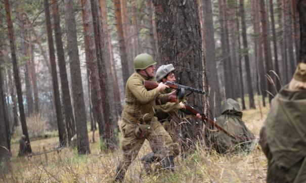 За основу сценария реконструкторы взяли подвиг командира минометной роты Алексея Генералова