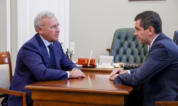 Усс и Антонов