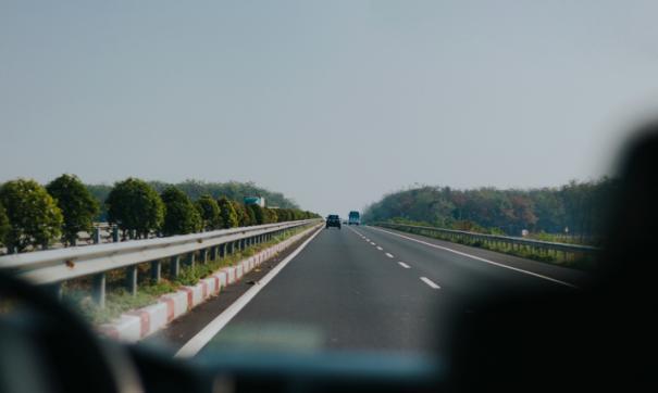 Сдача дороги планируется до конца 2020 года. Сейчас завершаются отделочные работы