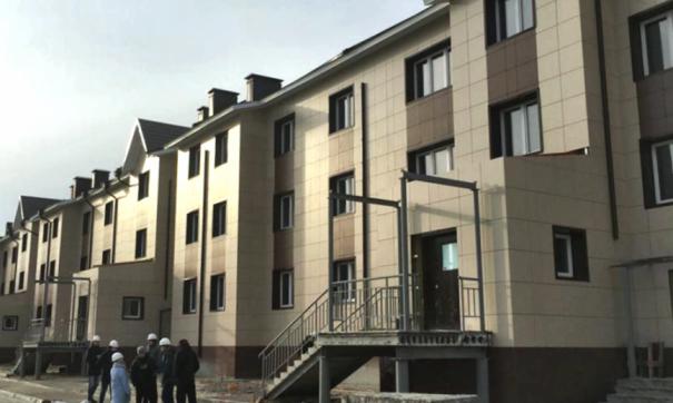 Здание выделяется своим неординарным архитектурным решением. Сдача дома с отделкой под ключ намечена на декабрь нынешнего года