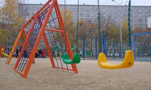 В Екатеринбурге заканчивают благоустраивать дворы