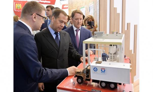 Премьер-министр познакомился с прорывной разработкой ПО «Маяк»