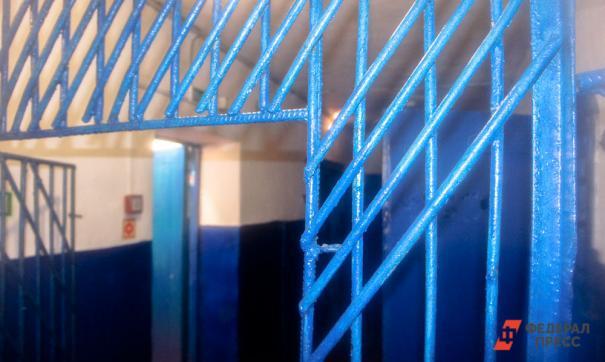 Сотрудник ФСИН получал взятки от заключенных