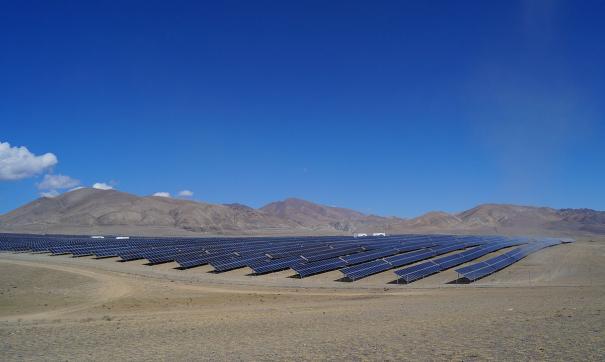 Первую солнечную электростанцию, Кош-Агачскую, на Алтае запустили в 2014 году
