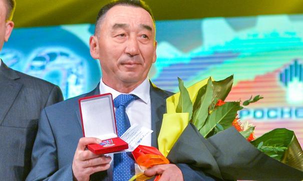 Коллеги называют Ирека Кадырова мастером своего дела, теперь это признание подкреплено наградой министерства