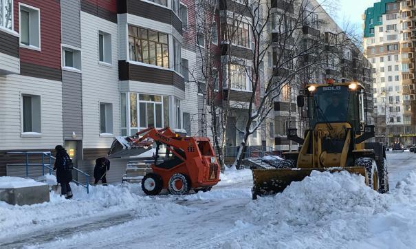 Дворы Сургута в снегу