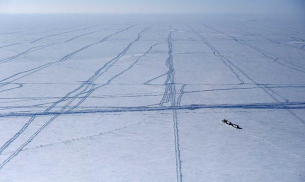 Сегодня откроется вторая полоса на ледовой переправе между Салехардом и Лабытнанги