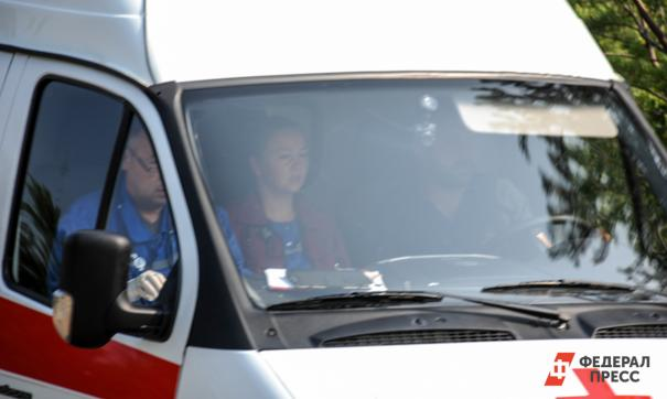 Автобус задавил женщину на западе Москвы