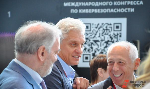 Основатель банка «Тинькофф» обвинил Сбербанк в копировании идей и переманивании сотрудников
