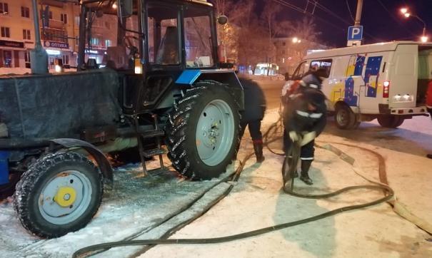 Коммунальщики Барнаула устраняют аварию на теплосетях
