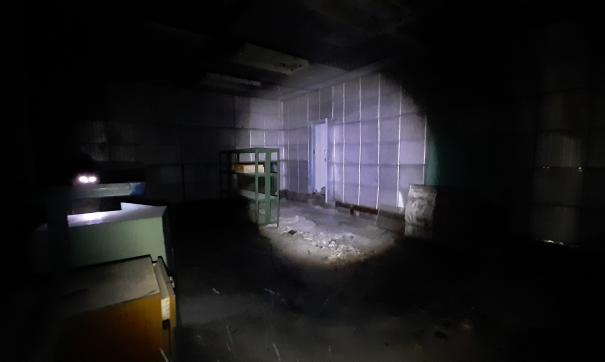 В заброшенном бункере недавно побывали местные сталкеры