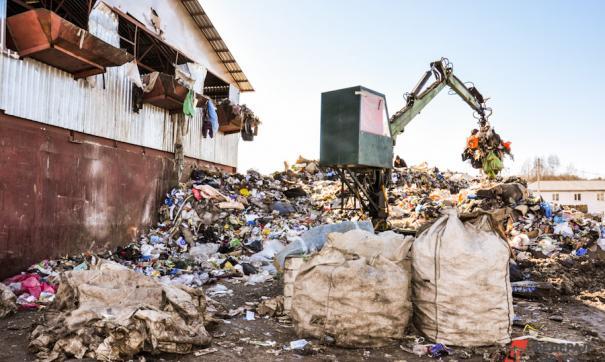 Силами управляющих компаний и жителей города за три дня было вывезено порядка 100 тонн мусора с семи контейнерных площадок