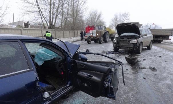 В Свердловской области в автокатастрофе погибла женщина