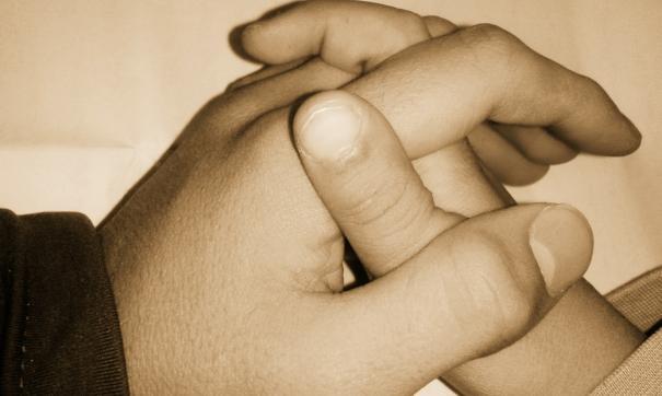 Мальчик, которого стали коленями на гречку, и его мать налаживают отношения