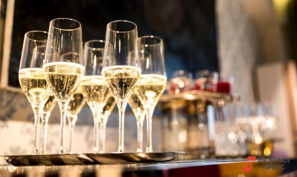 Ямальская спортсменка выставила на аукцион шампанское