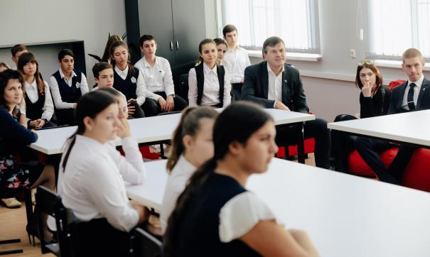 Сегодня в России отмечается День добровольца