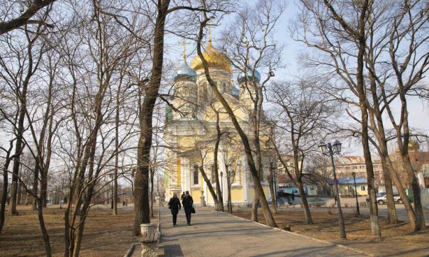 В Покровском парке во Владивостоке неизвестные украли забор за 1,3 миллиона рублей