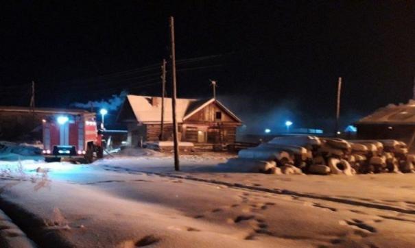 К моменту прибытия первых расчетов огнем были охвачены два жилых здания