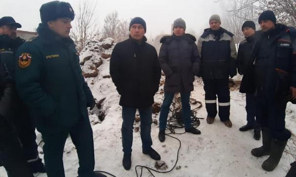 На месте ЧП был сформирован оперативный штаб, который возглавил мэр города Дмитрий Бердников