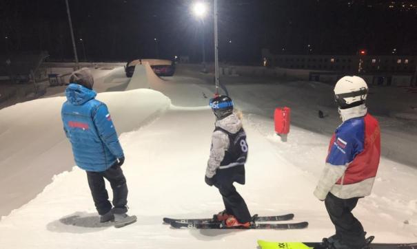 тренировка сноубордистов