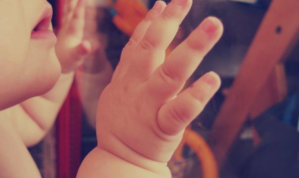 Североуральский суд оправдал подростка, выбросившего младенца в окно