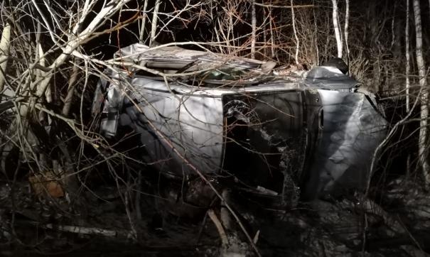 В Свердловской области неопытный водитель покалечил друзей