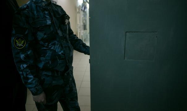 Сотрудник свердловской исправительной колонии пойдет под суд за передачу телефонов заключенному